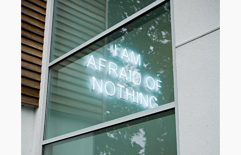Neon – I Am Afraid Of Nothing
