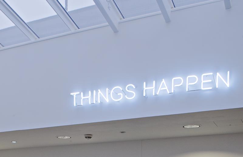 Neon – Things Happen